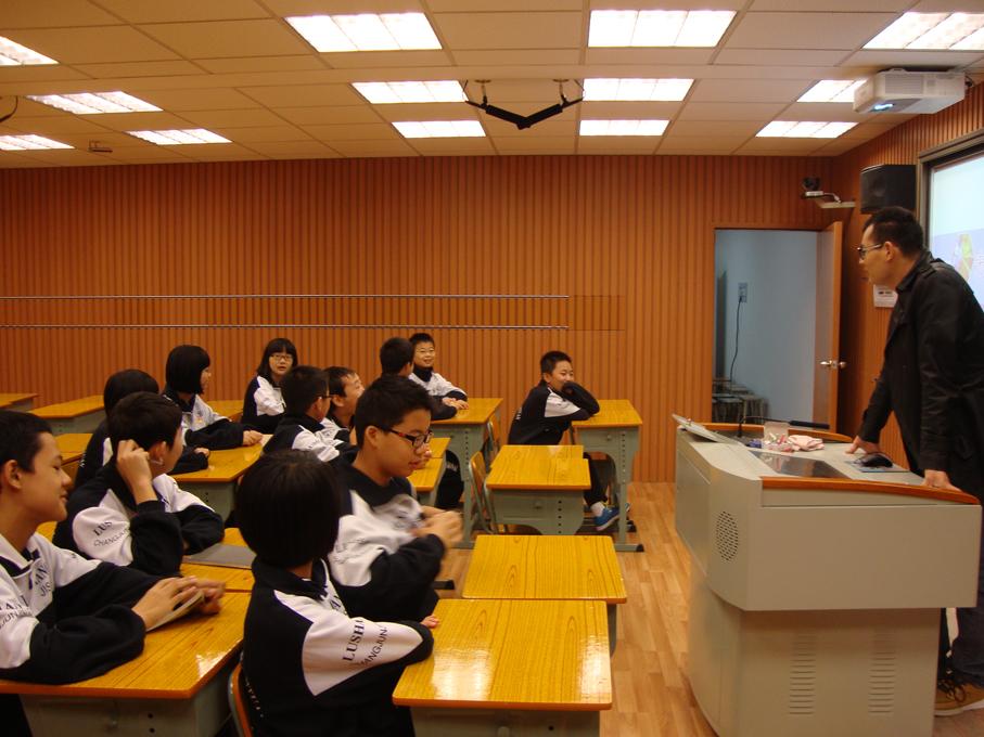 瑞邦-錄播教室2.jpg